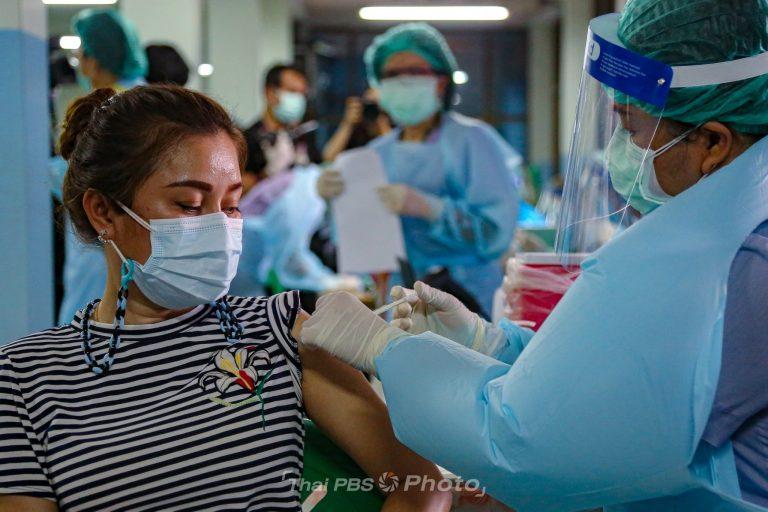 เริ่มฉีดวัคซีนให้ประชาชนในชุมชนคลองเตย   4 พ.ค. 64